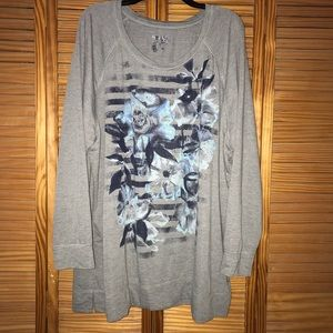 Terra & Sky Women's Plus Gray Floral Sweatshirt